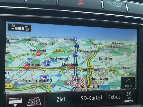 Online-Verkehrsdienste in normaler (3D) Kartendarstellung