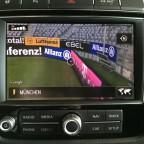 """RNS 850 mit """"Connect"""" Paket: Ansicht via Google Street View, die Allianz Arena von innen."""