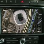 """RNS 850 mit """"Connect"""" Paket: Ansicht via Google Earth, die Allianz Arena."""