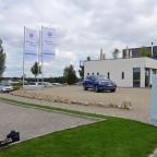 """Ankunft am Golf & Eventpark """"Green Hill"""" in Aschheim bei München."""